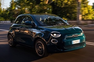 The Italians presented the electric Fiat 500 EV