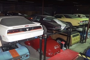 In the United States found a collection of exclusive cars
