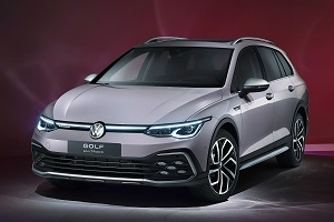 The new Volkswagen Golf Estate and Golf Alltrack are on the assembly line