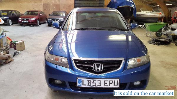 Honda/Accord Tourer,2.0(2003 y.)