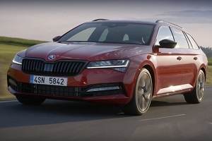 The first details of the updated Skoda Superb came out